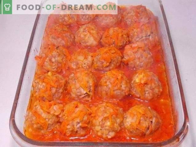 Кюфтета, печени в доматен сос