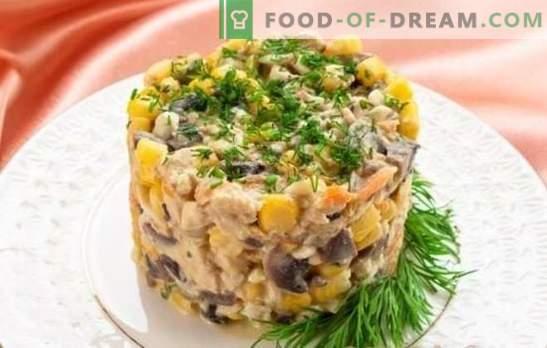 Salāti ar šampinjoniem un vistas krūtiņu: sezonas hit! Labākās autora receptes un oriģināla salātu piegāde ar sēnēm un vistas krūtiņu