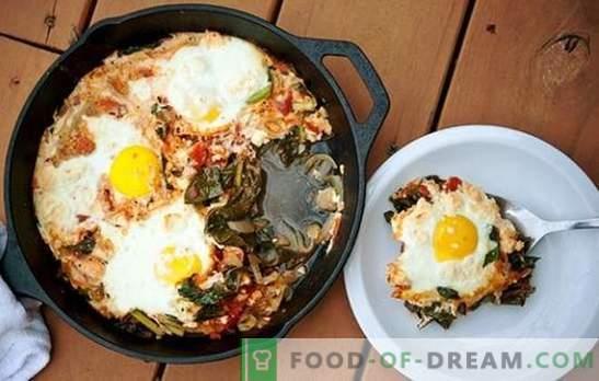 Бъркани яйца със сирене - прекрасно начало на деня! Рецепти за бързи пържени яйца със сирене за закуска и други