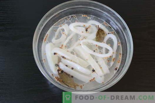 Трите най-популярни рецепти за готвене на калмари - поглезете се с деликатеси!