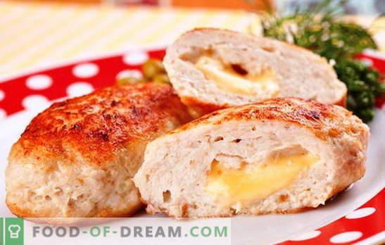 Два вкуса в едно ястие - пилешки котлети със сирене. Тайните на търговските марки на ресторантьори: червени пилешки котлети със сирене