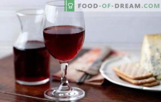 Червеното вино у дома е ценен натурален продукт. Рецепти за червено вино у дома от плодове и сладко