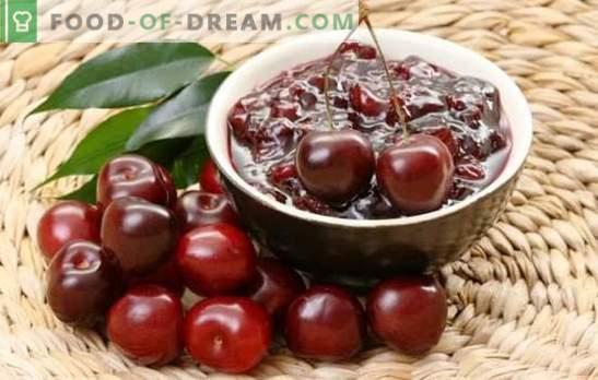 Обикновено сладко от череши в бавен котлон. Рецепти на черешово сладко в бавен котлон, с ракия, ядки и желе