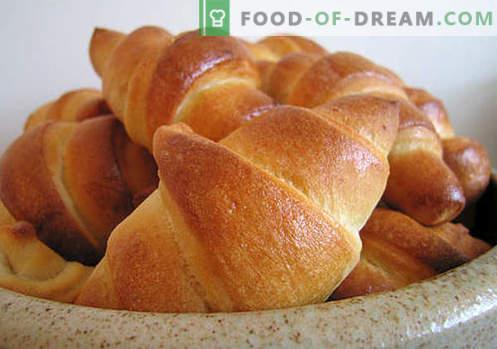 Най-добрите рецепти са дрождите (от тесто от дрожди). Как да правилно и вкусно готви дрожди бисквити.