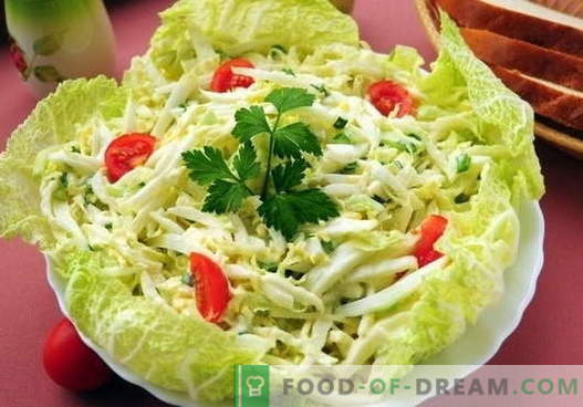 Cabbage salad with egg - the five best recipes. Cooking properly and delicious salad with cabbage and egg.