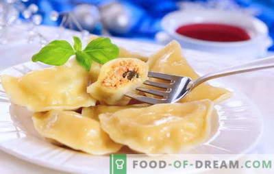 Домашни кнедли - ястие за всички времена. За любителите на домашно приготвени кнедли: осем прости рецепти с череши, гъби, извара, месо