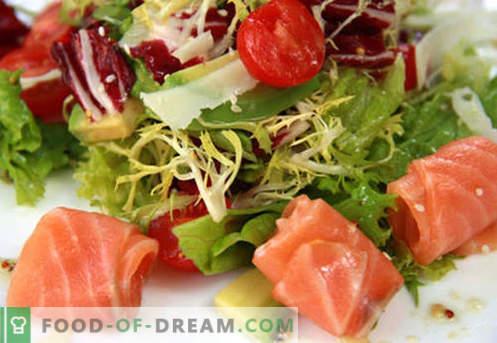 Салата със сьомга и домати - правилните рецепти. Бързо и вкусно приготвяне на салата със сьомга и домати.