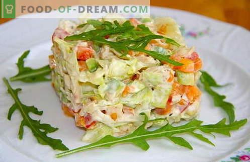 Варени пилешки салати са най-добрите рецепти. Как правилно и вкусно приготвена салата с варено пиле.