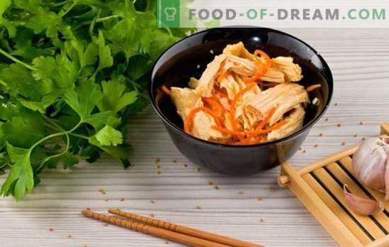 Szparagi sojowe - przepisy na przystawki i dania gorące. Przepisy na szparagi sojowe na co dzień: z ryżem, frunchozą, kurczakiem, grzybami