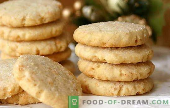 Бисквити върху заквасена сметана - домашно приготвени ще бъдат възхитени! Обикновено рецепти заквасена сметана с какао, стафиди, ядки, извара, кондензирано мляко