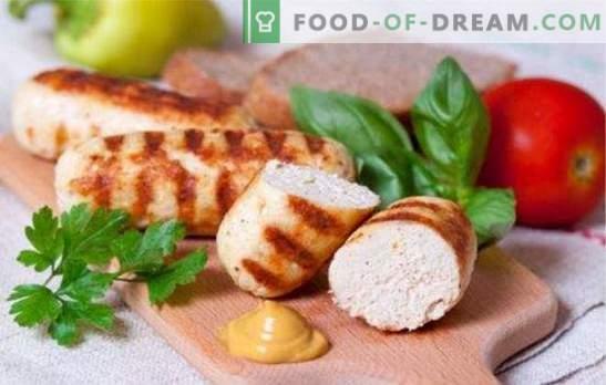 Деликатни и сочни колбаси, направени от мляно пиле. Прости рецепти за приготвяне на домашно приготвени колбаси от мляно пиле