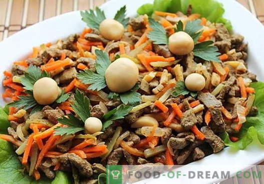 Saladas de fígado são as melhores receitas. Como preparar corretamente e deliciosamente saladas do fígado.