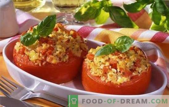 Печени домати със сирене във фурната - вкусни и много прости. Десет рецепти от печени домати със сирене във фурната